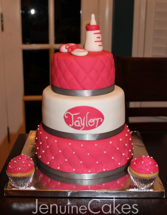 0 Glamorous Baby Shower Cake 4