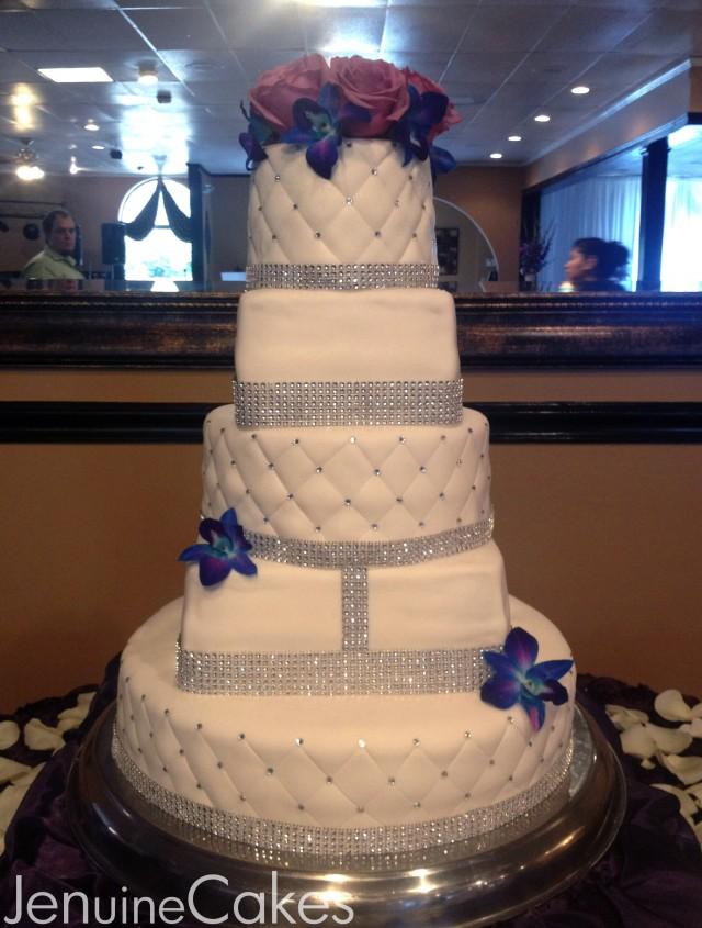0 Glitz and Glam Wedding Cake 2