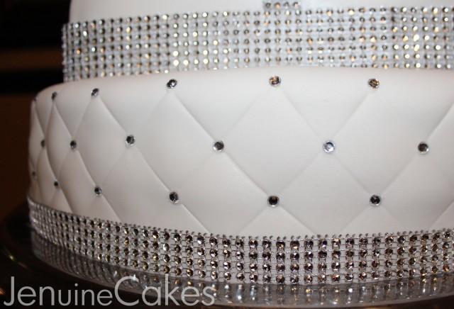 0 Glitz and Glam Wedding Cake 4