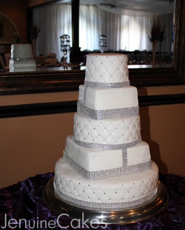 0 Glitz and Glam Wedding Cake 5