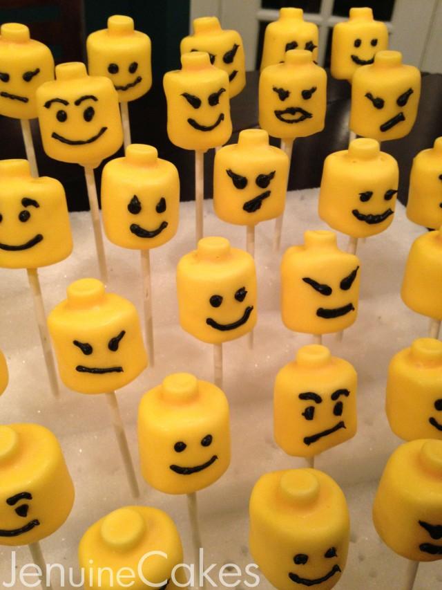0 Lego Marshmallow Pops 2
