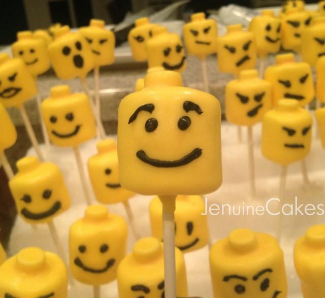 0 Lego Marshmallow Pops 4