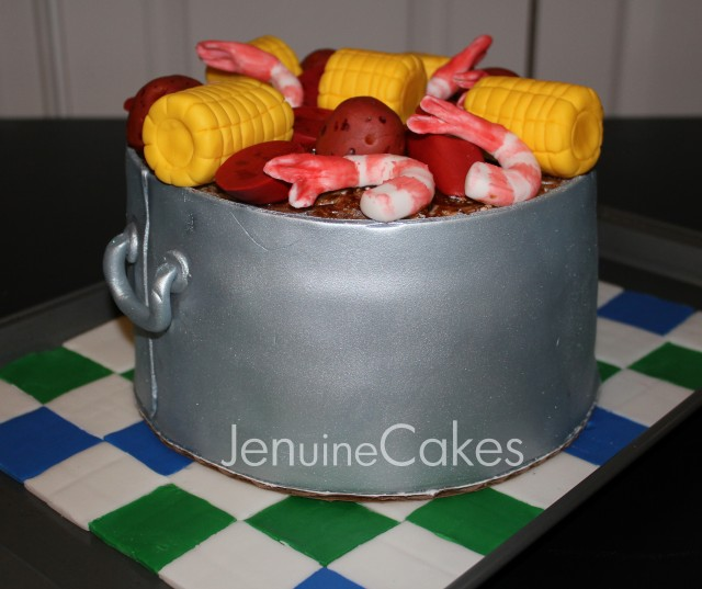 0 Low Country Boil Cake 3
