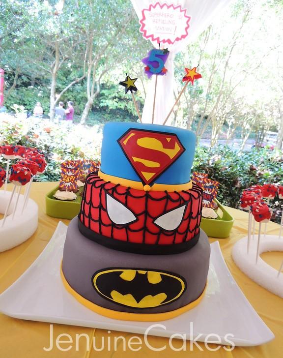0 Superhero Cake 3