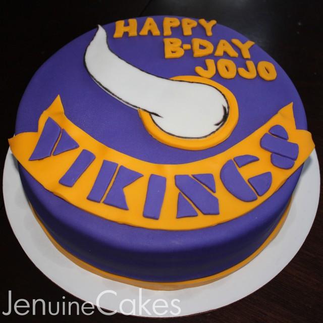 0 Vikings Cake 1