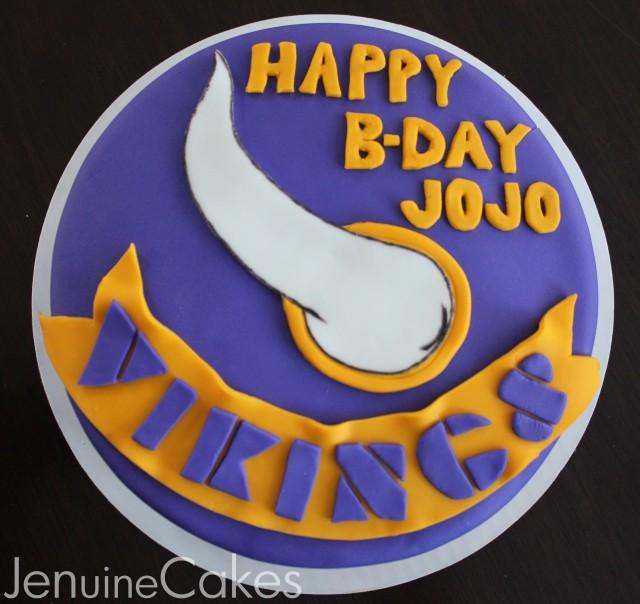 0 Vikings Cake 2