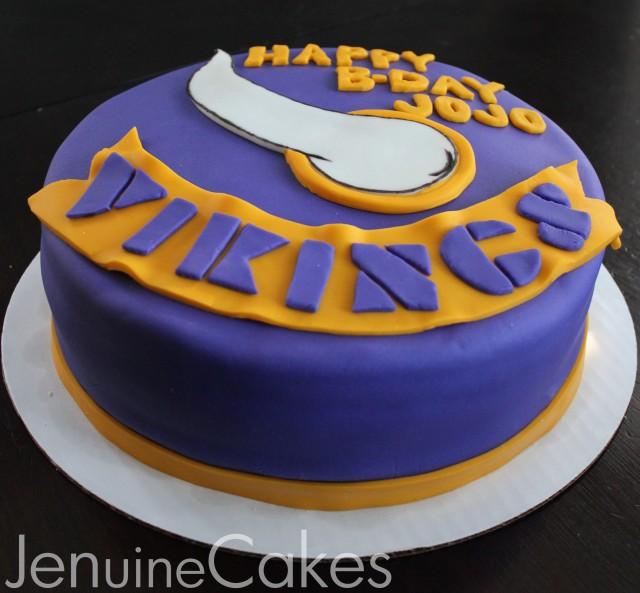 0 Vikings Cake 3